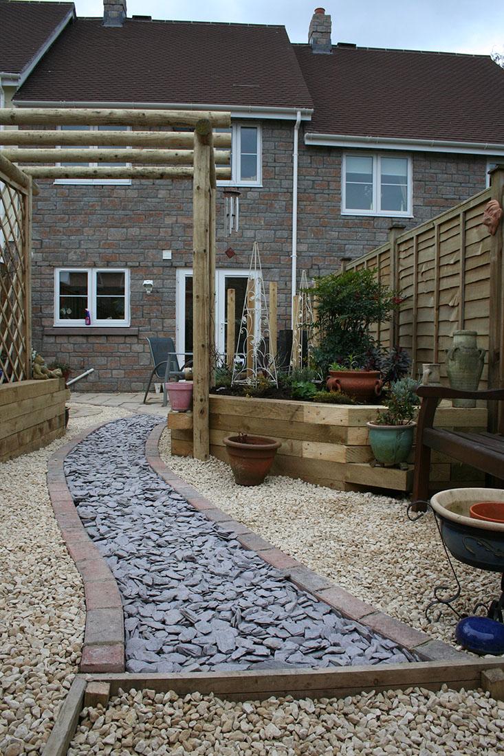 Green Man Gardens Landscape Gardening gravel pathway drive screening raised vegetable beds