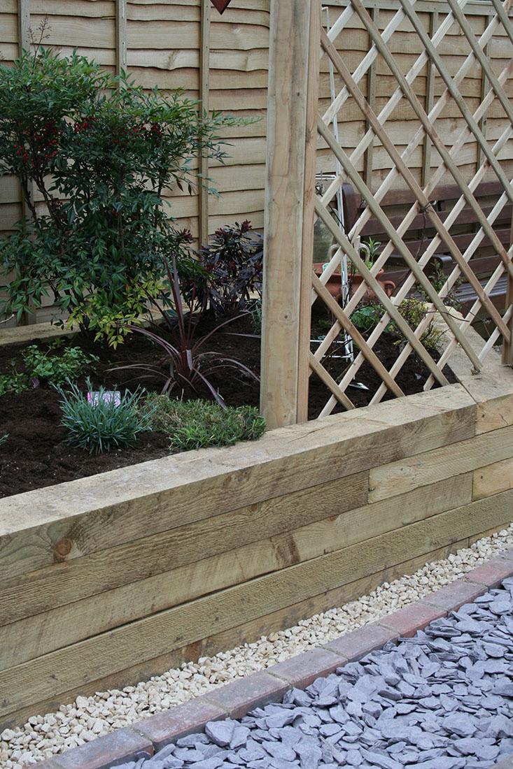 Green Man Gardens Landscape Gardening garden fencing gravel pathway drive screening raised vegetable beds pergola trellis
