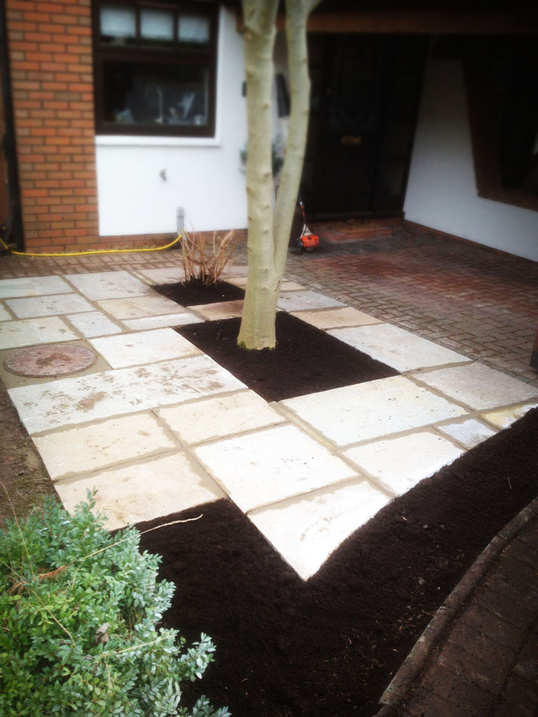 Patio Front Garden Natural Stone Paving AFTER