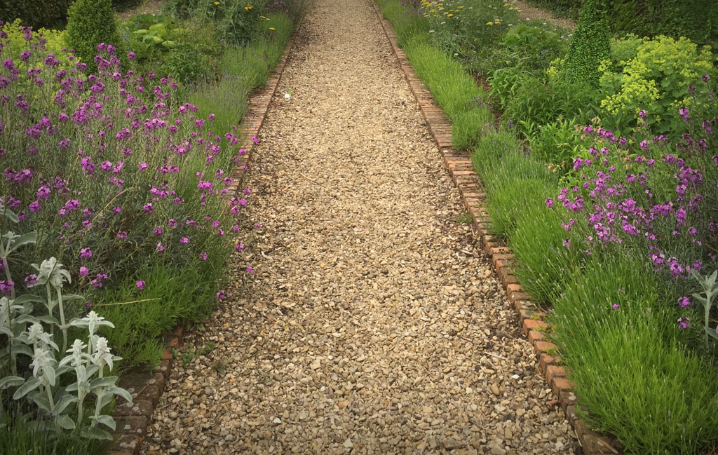 Awesome Gravel Garden Path Maintenance Designs